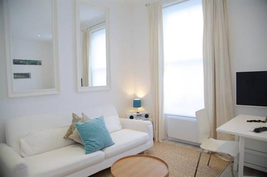 Ifield Road (1 bedroom ), Chelsea, SW10 - Image 1 - London - rentals