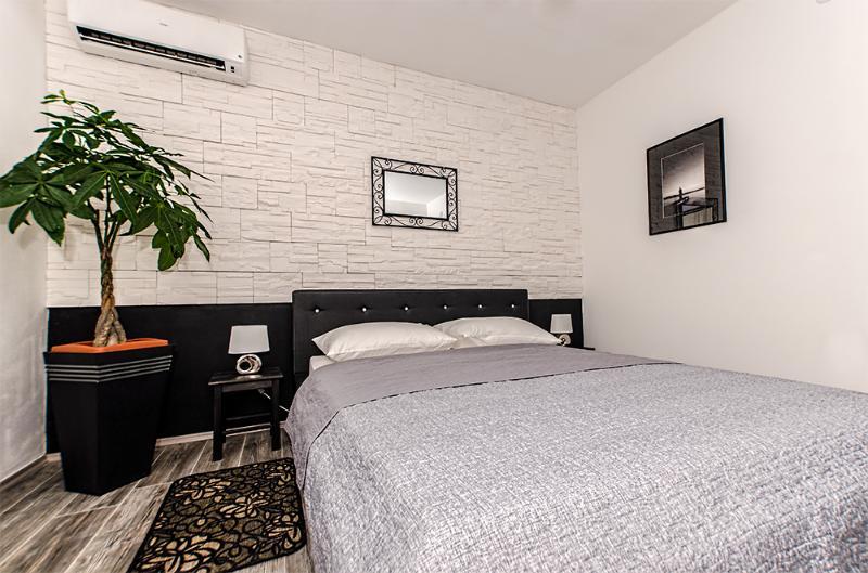 Modern Studio Center - Image 1 - Zadar - rentals