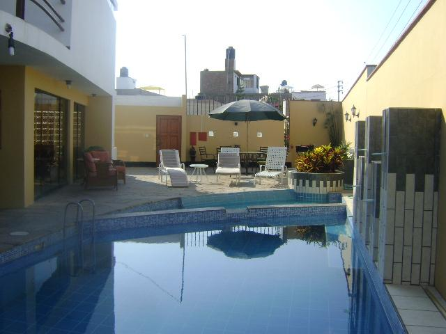 view of the pool  which as automatic cleaning system - SUITES FOR RENT IN  HOUSE BEACH IN PUNTA HERMOSA , - Punta Hermosa - rentals