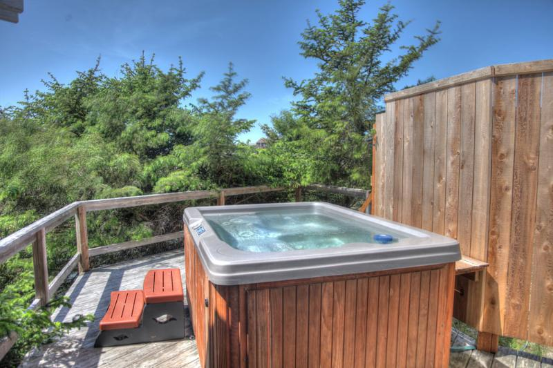 Private & New Hot Tub! - Quiet, Private, Beach House with New Hot Tub! - Waldport - rentals
