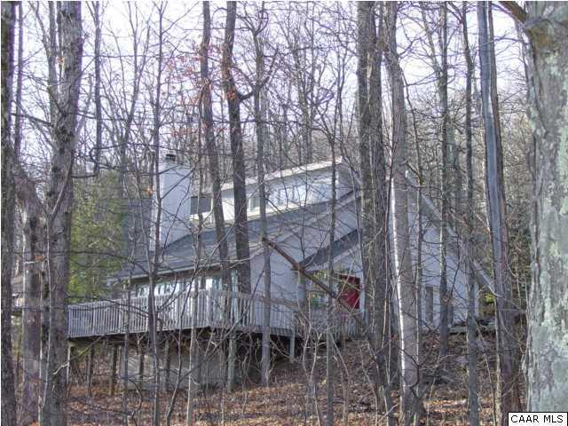 Private and Accessible to all Amenities - Mountain Getaway - Wintergreen - rentals