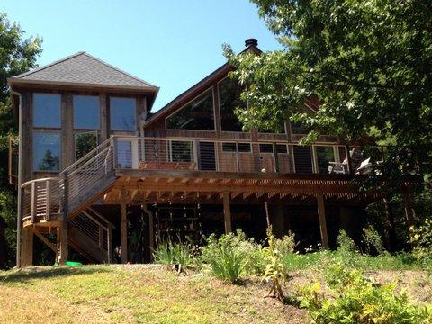 Back of house facing the lake - Beautiful Four-Bedroom Lakefront Home - Athens - rentals