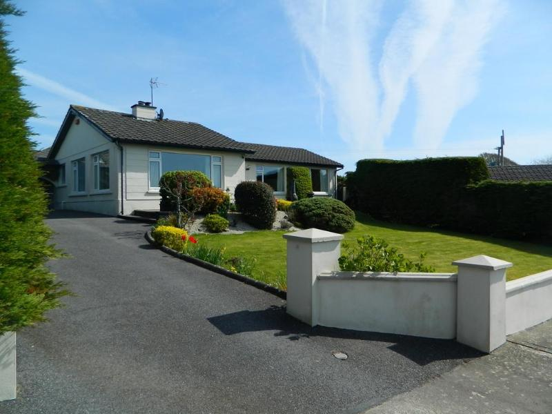 Family Holidays in Walking Distance to Kinsale - Image 1 - Kinsale - rentals
