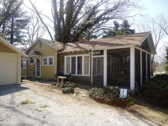 Front of Home - Nyatag Cottage - South Haven - rentals