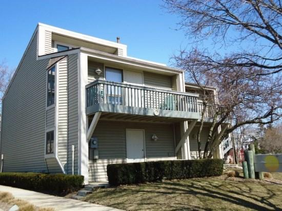 Front of condo off of North Shore Drive - Harbours 25 - South Haven - rentals