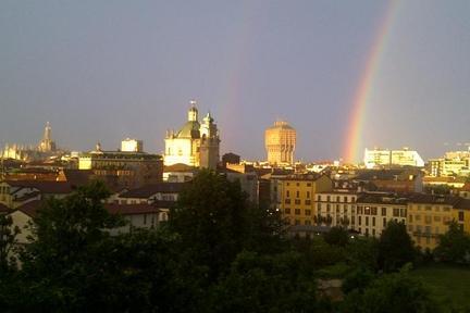 Studio apartment with fantastic Duomo view - Image 1 - Milan - rentals