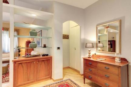 Otto House Roma - Stylish Apartment - 5114 - Image 1 - Rome - rentals