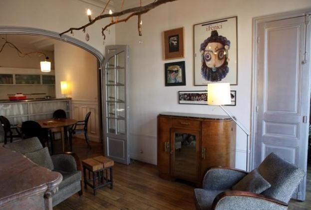 Spacious and Stylish Apartment in Paris - 5683 - Image 1 - Paris - rentals