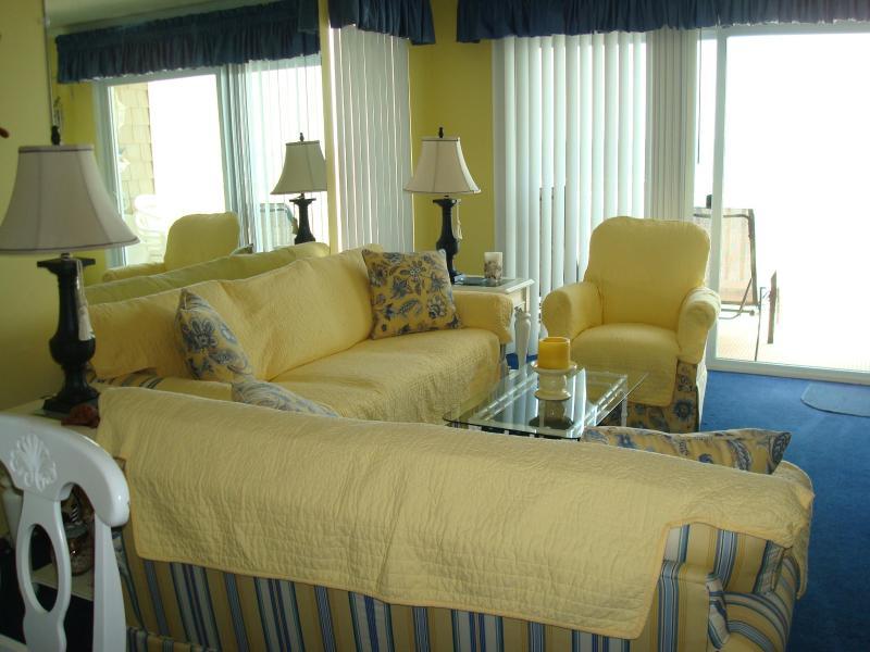 living room - Ocean Front Condominium - North Myrtle Beach - rentals