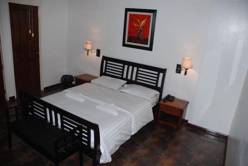 Bedroom - Luxury 1Br. Apartment Makati Avenue (702) - Makati - rentals