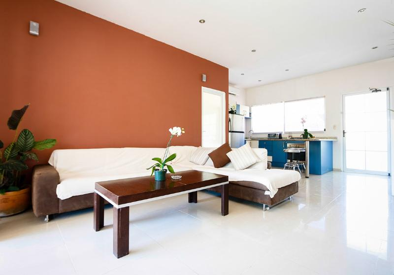 Full Living Room with TV & Wifi - Santa Teresa Beach Penthouse Apartment - Santa Teresa - rentals