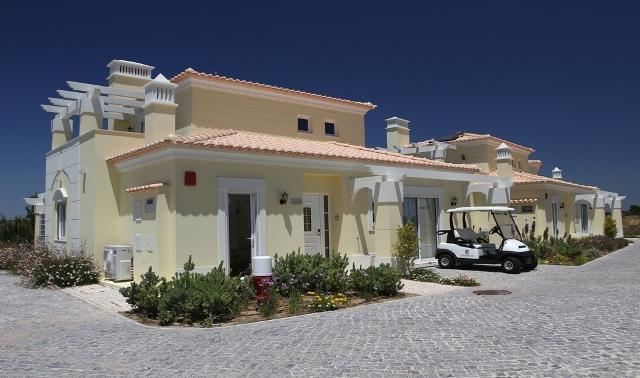 3 BEDROOM INDEPENDENT VILLA IN GREAT RESORT, IN CASTRO MARIM, NEXT TO THE BORDER WITH SPAIN REF. CMG138645 - Image 1 - Castro Marim - rentals