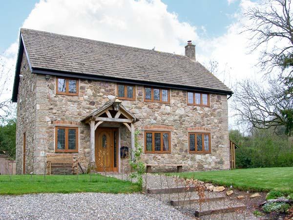 ABBOTT'S RETREAT, pet-friendly, WiFi, woodburner, en-suite access, detached cottage near Bishop's Castle, Ref. 30240 - Image 1 - Bishops Castle - rentals