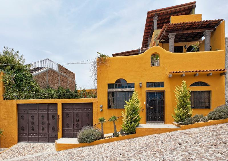 Casita Danielita Second Floor - Artistic Casita with Great Views - San Miguel de Allende - rentals