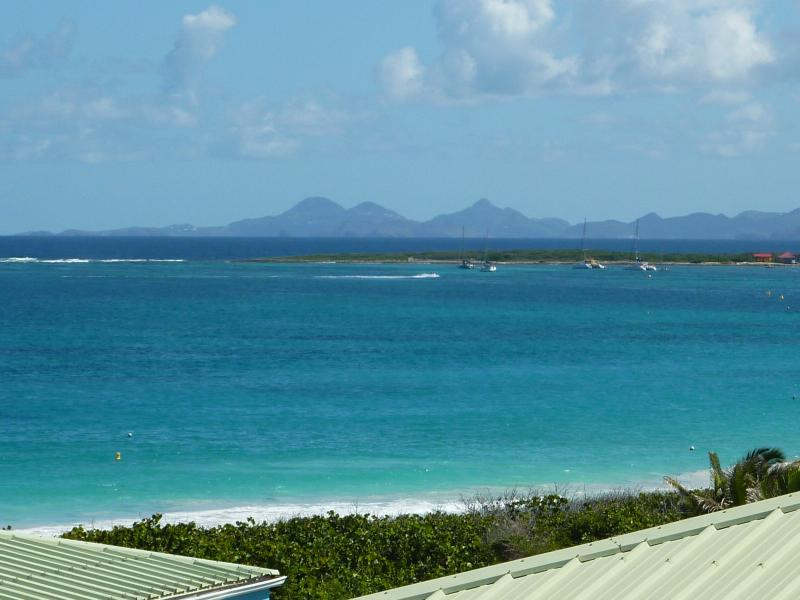 Luxury Studio with sea view at Mount Vernon Residence - Image 1 - Orient Bay - rentals