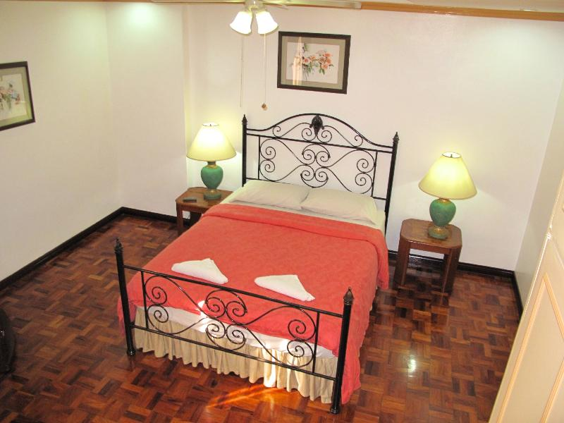 Bedroom - Makati Avenue, 1 Bed Apartment, Serviced (1005) - Makati - rentals