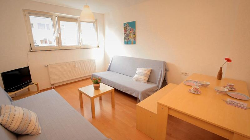 16 Holiday apartment Cologne Buchforst - Image 1 - Cologne - rentals