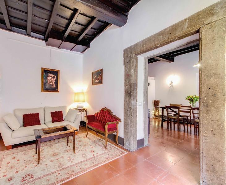 Campo dei Fiori Square Apartment - Image 1 - Rome - rentals