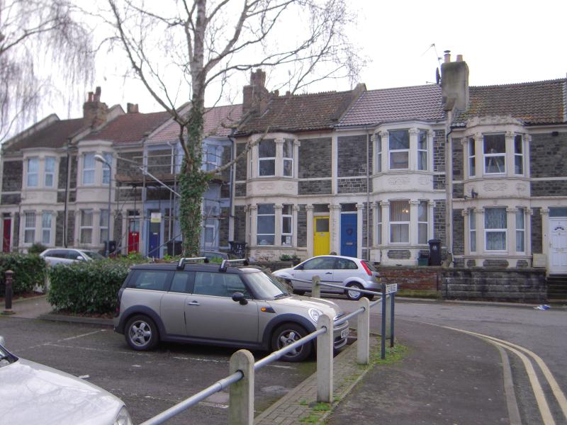 Small double bedroom in Bedminster - Image 1 - Bristol - rentals