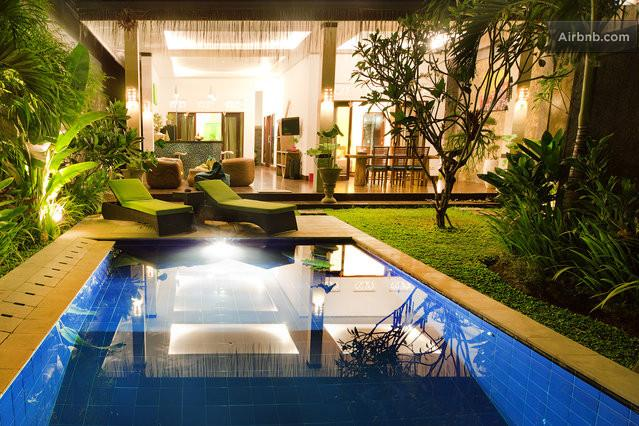 Villa Profile - Villa MasBro - Seminyak - rentals