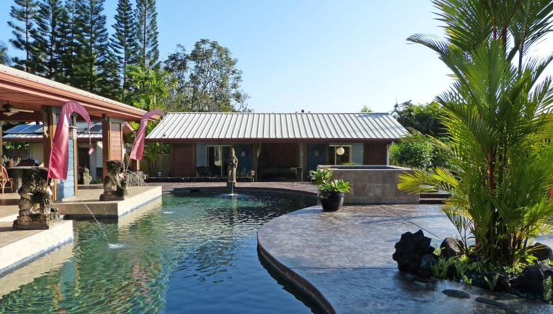 The Guest House is at the end of the pool - The Garden of Eden in Puna - Pahoa - rentals