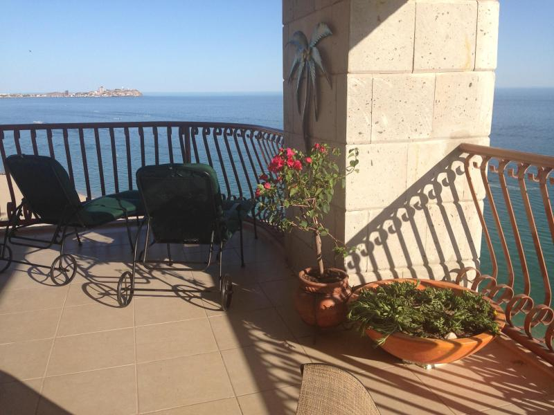 Corner balcony offers 180 degree views! - 3BR at the Sun w/ Wrap Balcony & Forever Views! - Puerto Penasco - rentals