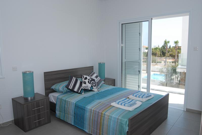 Anemoni 11 - Image 1 - Protaras - rentals