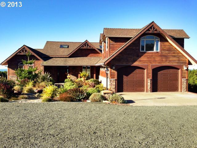 Sounds of the Sea-5bd/4 1/2 bath 4700 sq ft house - Image 1 - Bandon - rentals