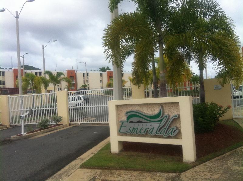 Main Entrance - WAR Rental Vacation Apmt - Fajardo - rentals