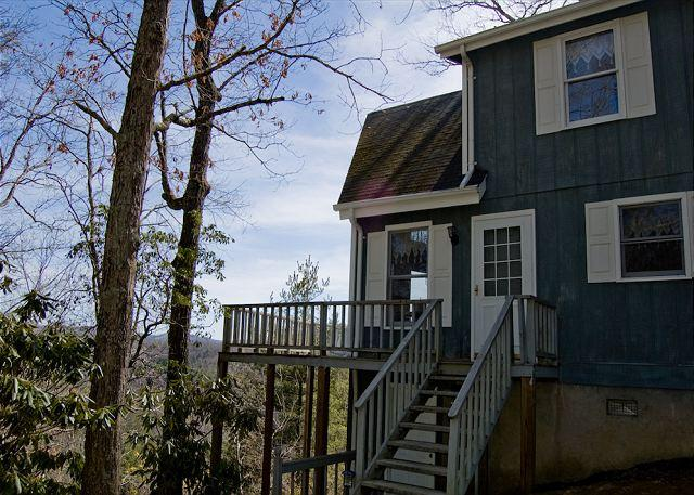 Fleetwood Falls - Mtn Views - Lake & River Access - Todd, Boone, Jeffersons - Image 1 - Hildebran - rentals