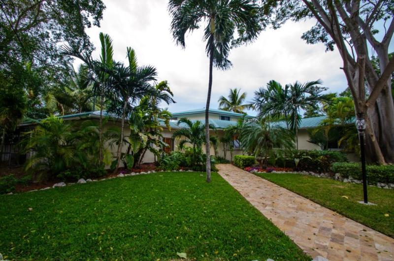 5 Bedroom Estate - Image 1 - Grassy Key - rentals