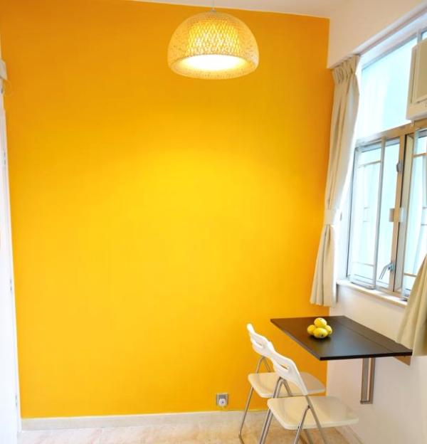 Dining zone in day time - 2 Bed-Rms Apartment in MongKok / Yau Ma Tei (3 min - Hong Kong - rentals