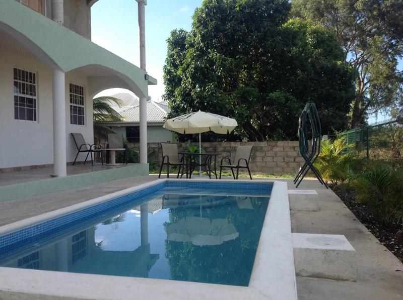 Pool at Chelsea Villas - Spacious one bed Apartment at Chelsea Villas - Maxwell - rentals