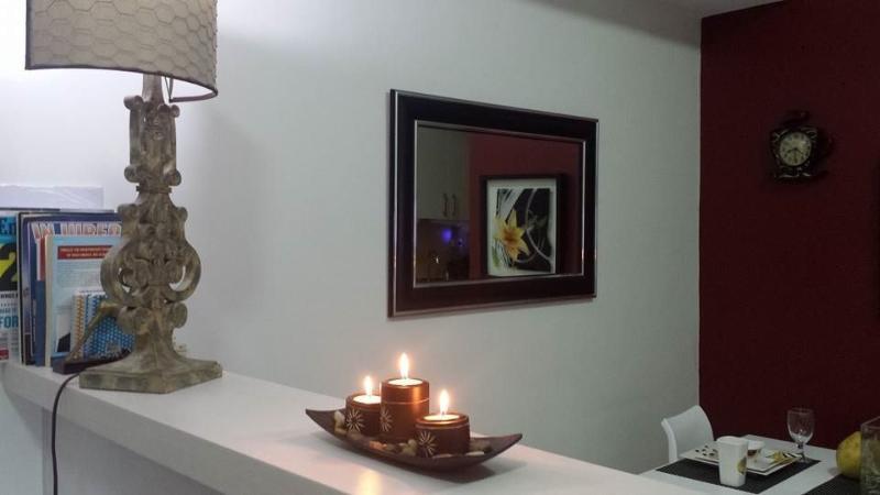Dining Room - FREE UTILITIES 252 s.f. STUDIO $42/day - Quezon City - rentals