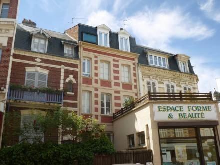 Apartment Victor Hugo ~ RA42252 - Image 1 - Trouville - rentals