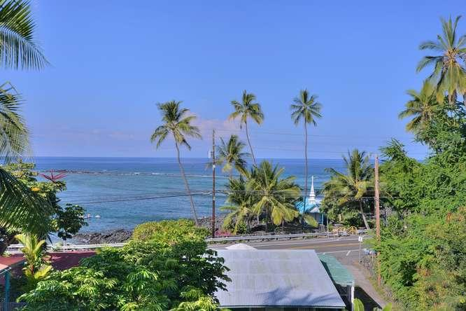 ocean and sunset view from house - Snorkel beach front private house/surf snorkel - Kailua-Kona - rentals