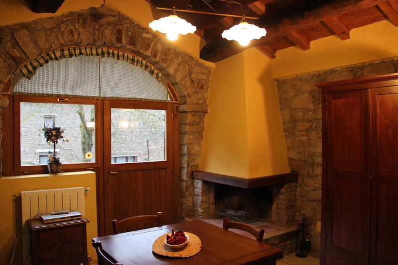 Dining room - Romantic cottage in nice farm with pool&restaurant - Palazzuolo Sul Senio - rentals