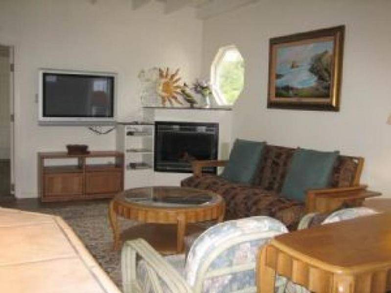Dog-friendly home w/private hot tub, deck & firepit + only half a mile to beach - Image 1 - Fort Bragg - rentals