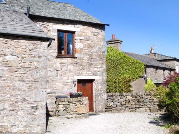 THE BYRE romantic retreat, lovely countryside near Cartmel Ref 905180 - Image 1 - Cartmel - rentals