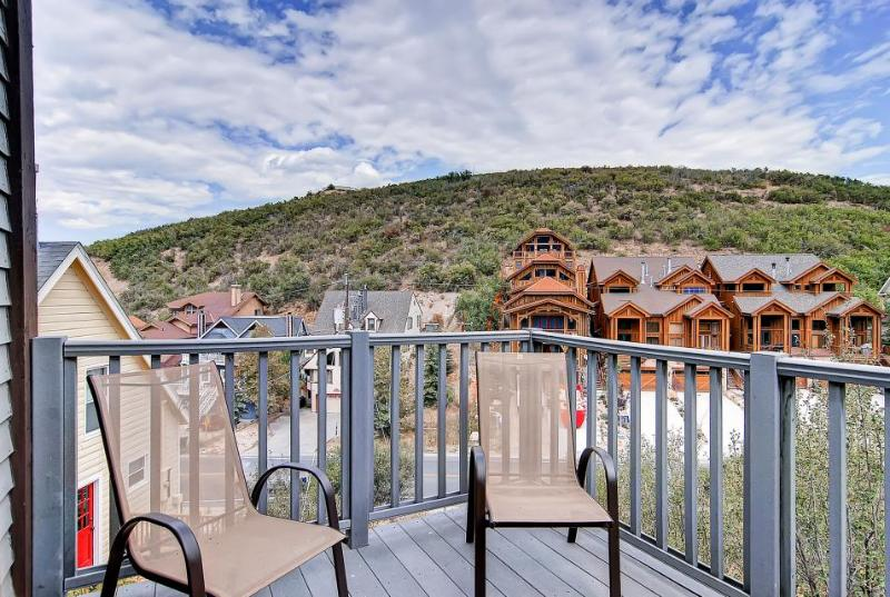 Home in the heart of Old Town w/mountain views, fireplace - shuttle access - Image 1 - Park City - rentals