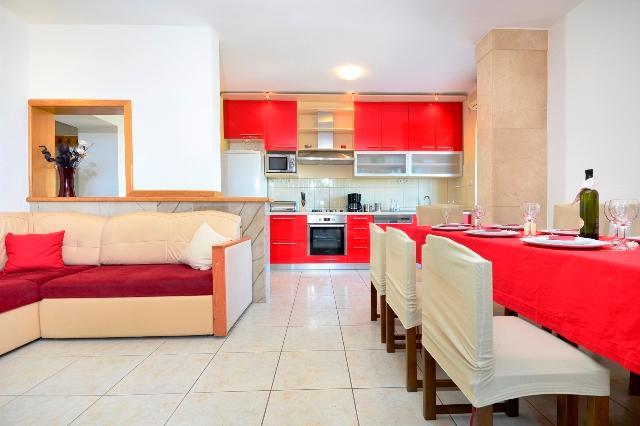 Villa Lucian - V2431-K1 - Image 1 - Selca - rentals