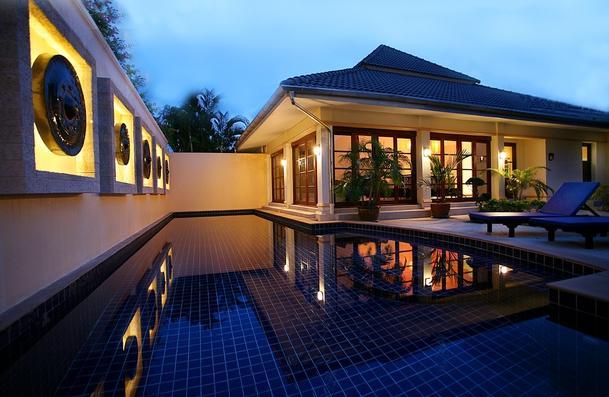 Eco Family friendly and luxury Villa Luna! - BUDGET!! 4BR* 2MINS WALK SEMINYAK BEACH - Seminyak - rentals