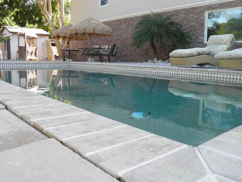 Huge Pool on the Lake - Siesta Key Beach Estate......Steps from Siesta Key Beach!!! - Siesta Key - rentals