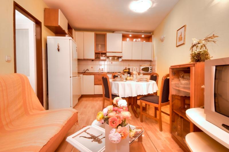 Kitchen - Villa Stone City Flower - Split - rentals