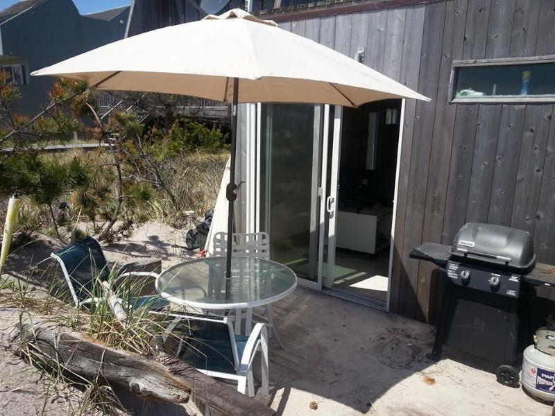 deck with bbq - Fabulous cabana on the beach near NYC - Fire Island Pines - rentals