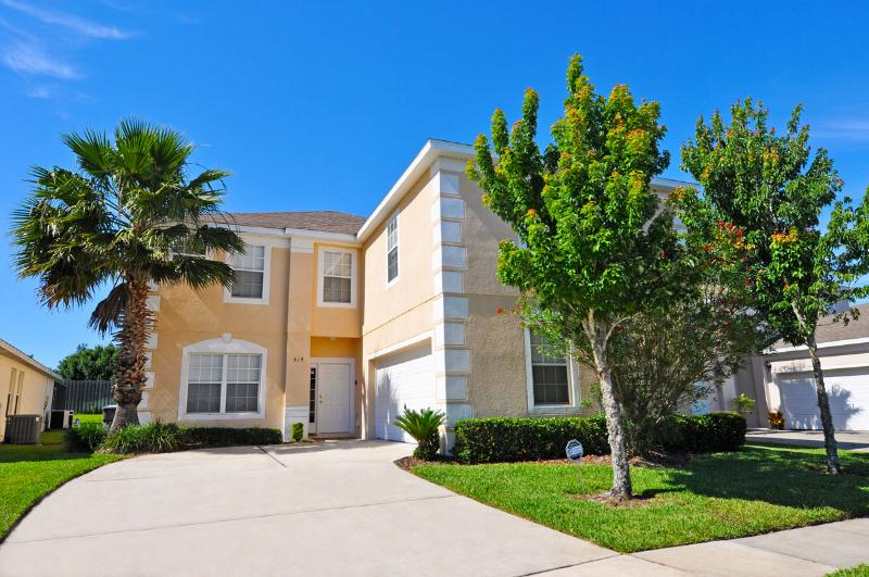 Huge New 7 BR/5BA/Pool/SPA/GameRm/Wifi/Near Disney - Image 1 - Davenport - rentals