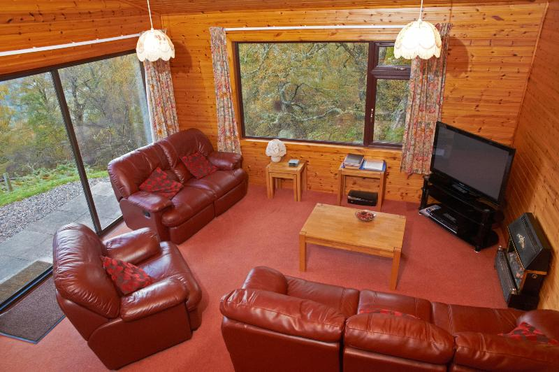 Premier Lodge No 3 - Living Room - Loch Ness Rentals - Premier Lodge No 3 - Drumnadrochit - rentals
