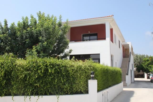 drive in - Beautiful holiday apartment with pool in the village of Kissonerga - Kissonerga - rentals