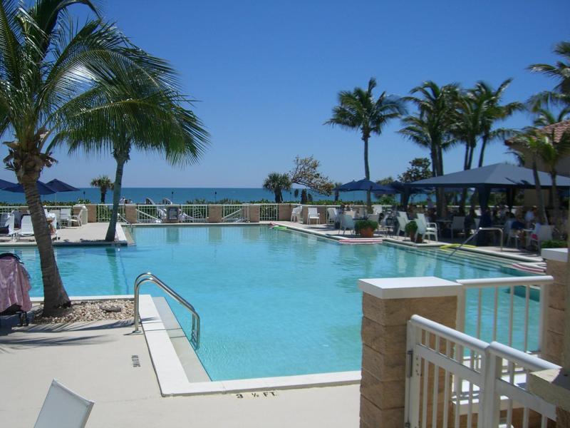 Beach Club Pool - Waterfront Harbor Home - Vero Beach - rentals