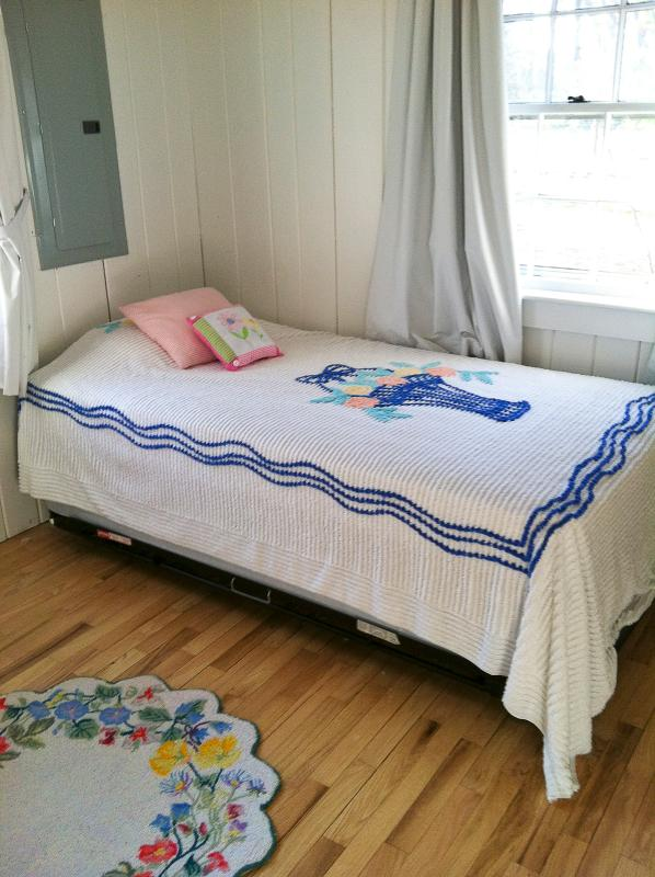 bedroom…with twin high-riser - cape cod charming family friendly chatham cottage - South Chatham - rentals